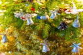 Beautifully decorated Christmas tree closeup — Stock Photo