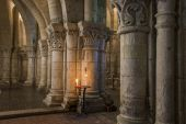 Crypt with Candle in Saintes France — Stok fotoğraf