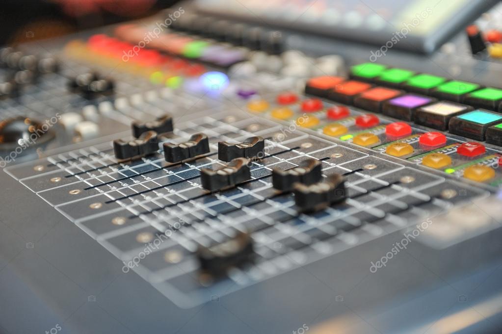 Table de mixage audio mat riel de musique enregistrement - Table de mixage studio d enregistrement ...