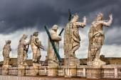 Vatican saints statues — Stock Photo