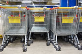 Nákupní vozíky — Stock fotografie