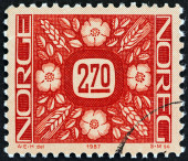 NORWAY - CIRCA 1987: A stamp printed in Norway shows ornaments, circa 1987. — Stock fotografie