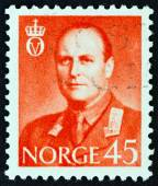 NORWAY - CIRCA 1958: A stamp printed in Norway shows King Olav V, circa 1958. — Stock Photo