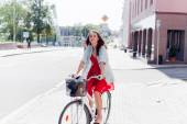 Girl with bike outdoors portrait.  — Stock Photo