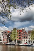 Famous Amsterdam city with canal in Holland — Fotografia Stock