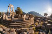Delphi mit den Ruinen des Tempels in Griechenland — Stockfoto