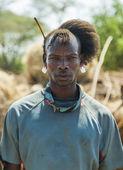 Traditionally dressed man from Tsemay tribe. Weita. Omo Valley. Ethiopia. — Foto Stock