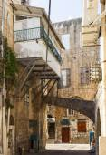 Streets of ancient city of Akko in the morning. Israel — Stock Photo
