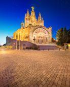тибидабо церковь на горе в барселоне — Стоковое фото