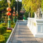 Thai temple garden — Stock Photo #54515829