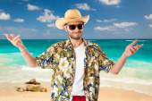 Tourist on the beach — Stock Photo
