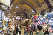 Shopping arcade in the Grand Bazaar in Istanbul — Stock Photo