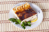 Fish pie of four fish species: coho salmon, halibut, Arctic cisco, saffron cod — Zdjęcie stockowe