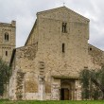 Abbey of Sant Antimo, Italy — Stock Photo #72208273