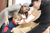 Courier Delivering a Package  — Stock Photo