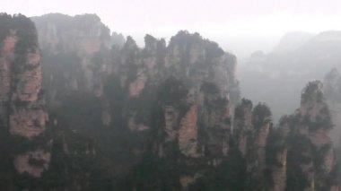 Zhangjiajie National Park, China. Avatar mountains — Stock Video
