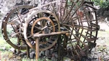 Old Water Wheel. — Stock Video