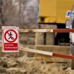 Access forbidden sign near a construction site — Stock Photo #62915309