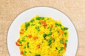 Sebze ile haşlanmış pirinç — Stok fotoğraf