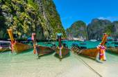 Long-tail boats in Maya Bay, Thailand — Stock Photo