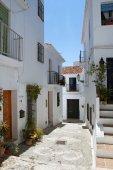 Beautiful street in Frigiliana, Andalusia, Spain — Stok fotoğraf