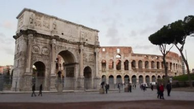 Time Lapse Tilt Shift -Arch of Constantine and The Colosseum, Rome — Stock Video