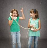 Children screaming on phone — Stock Photo