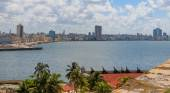 View of Havana from Castillo de los Tres Reyes Magos del Morro — Foto de Stock