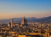 Cathedral of Santa Maria del Fiore a Florence — Stock Photo