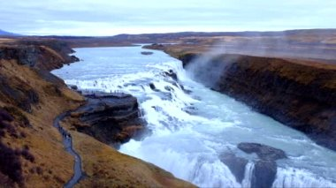 Gullfoss-wasserfall in island — Stockvideo