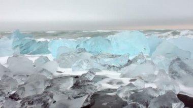 Ice rocks in Iceland — Stockvideo