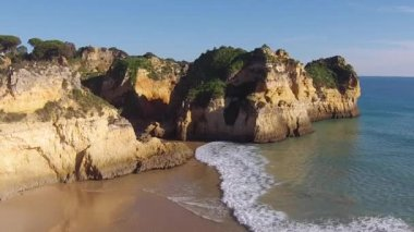 Aerial from Praia Tres Irmaos in the Algarve Portugal — Stock Video