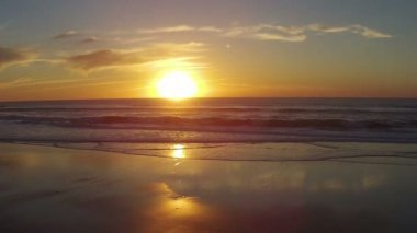 Aerial from sunset at praia Vale Figueiras in Portugal — Stockvideo