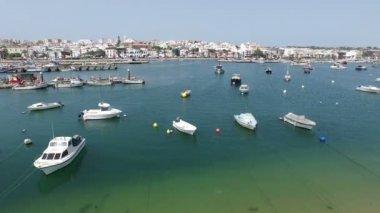 Antenę od portu w Lagos, Portugalia — Wideo stockowe