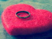 Wedding rings with filter effect retro vintage style — Stock Photo