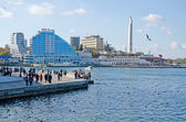 Promenade in Sevastopol Bay — Stock Photo