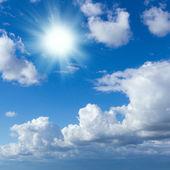 Blå himmel — Stockfoto