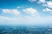 Mavi deniz — Stok fotoğraf