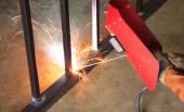 Trabalhador de soldar - imagem de estoque — Fotografia Stock