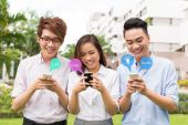 Young people social networking — Stock Photo