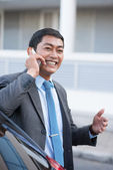 Businessman having a phone talk — Stock fotografie