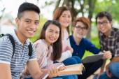Smiling Vietnamese students — Stock Photo