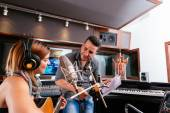 Working in the recording studio — Stockfoto