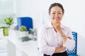 Mature business lady — Stock Photo