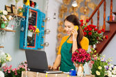 Flower delivery shop — Foto Stock