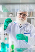 Scientist working with reagent — Stock Photo