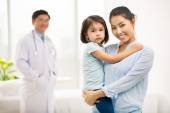 Asian mother and her daughter — Stock Photo