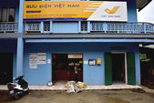 Mu Chang Chai, VIETNAM, JUN 11: post office near market on June  — Stock Photo