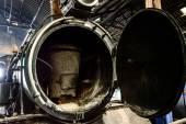 In Seite alte Lokomotive Dampf ist zerbrochen, thailand. — Stockfoto