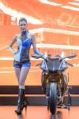 Kimliği belirsiz Model Yamaha R1m ile — Stok fotoğraf